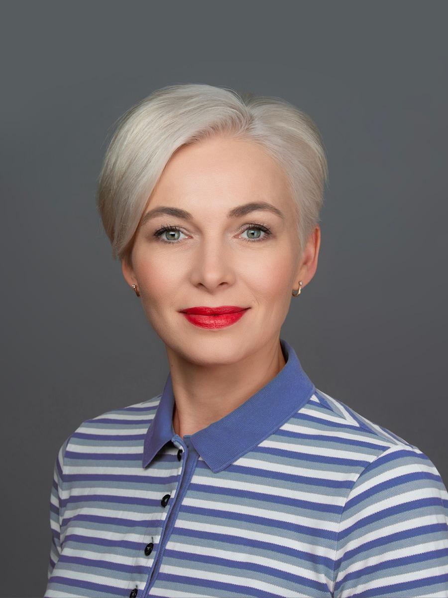 Лейда Лукьянова Вице-президент по деловой этике и комплаенс