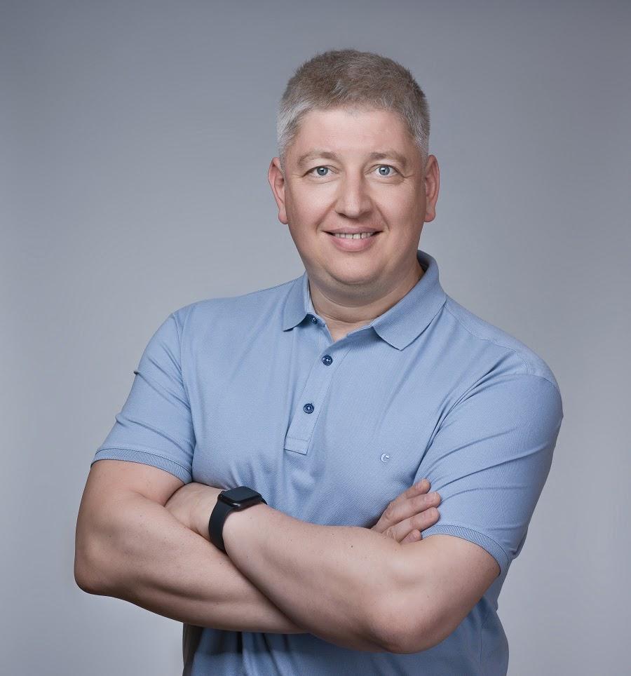 Вячеслав Николаев Первый вице-президент по клиентскому опыту, маркетингу и экосистемному развитию